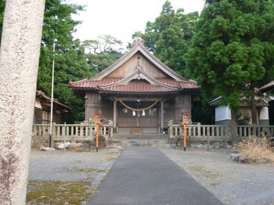 岡見八幡宮・拝殿