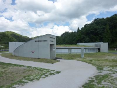 島根県大田市の三瓶小豆原埋没林公園・縄文の森発掘保存展示棟