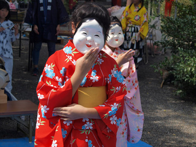 亀ヶ池八幡宮・小学生の踊り