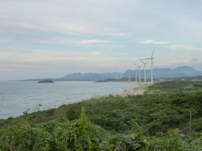 浅利海岸と大島
