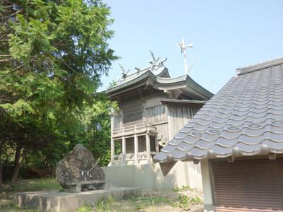 江津市後地町の厳島神社・本殿