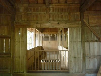 大島の天満宮・拝殿内部