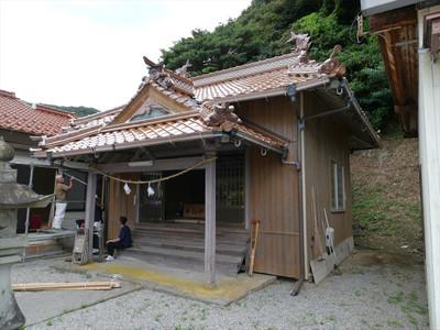 折井町の厳島神社・拝殿