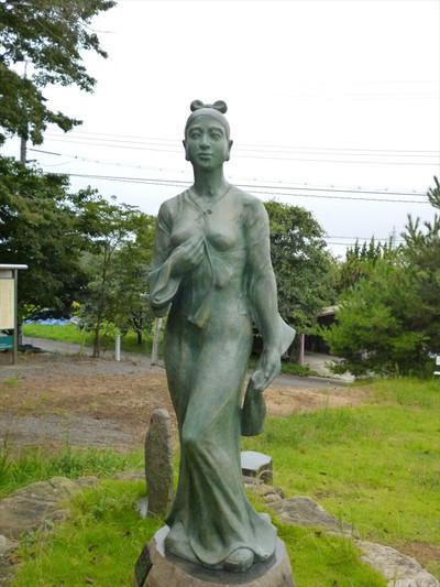 島根県江津市の高角山公園・依羅娘子像