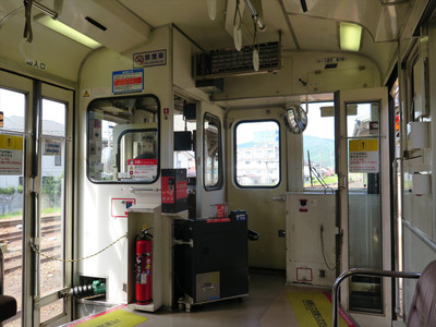 キハ120系車内・JR三次駅にて