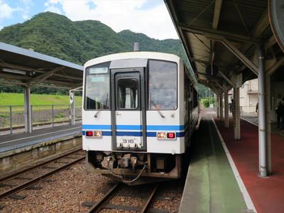 キハ120系・JR石見川本駅にて撮影