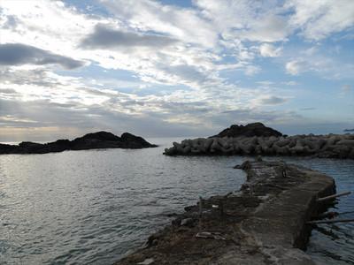 益田市鎌手大浜の雄島と雌島