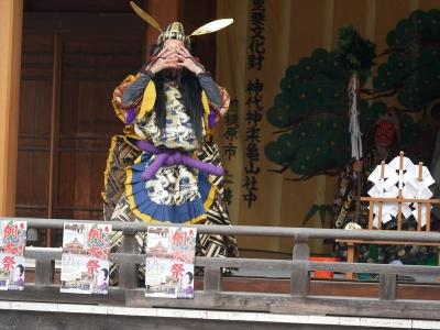 亀山社中・天の岩戸・手力男命、小川の水を飲むと力がみなぎってくる