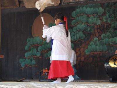 鷲宮神社・土師一流催馬楽神楽・端神楽