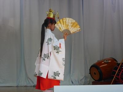 加藤社中・巫女舞